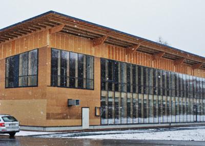 Kontakt - Schlosser und Schlosser - Tischlerei Holzbau Treppenbau